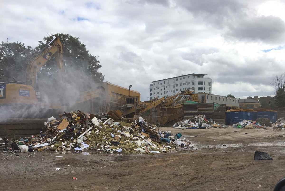 commercial-rubbish-removal-job-in-london